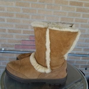 Ugg boots sz 8
